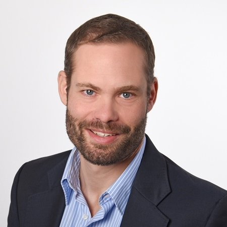 Dr. Florian Strehle